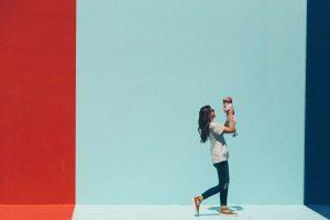 Contrordine: diventare genitori ci aiuta a fare carriera