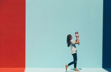 Contrordine: diventare genitori aiuta a fare carriera
