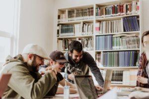 Millenial Generation e Fake: i social network prima fonte di (dis)informazione